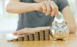 How can financial advisors improve client satisfaction
