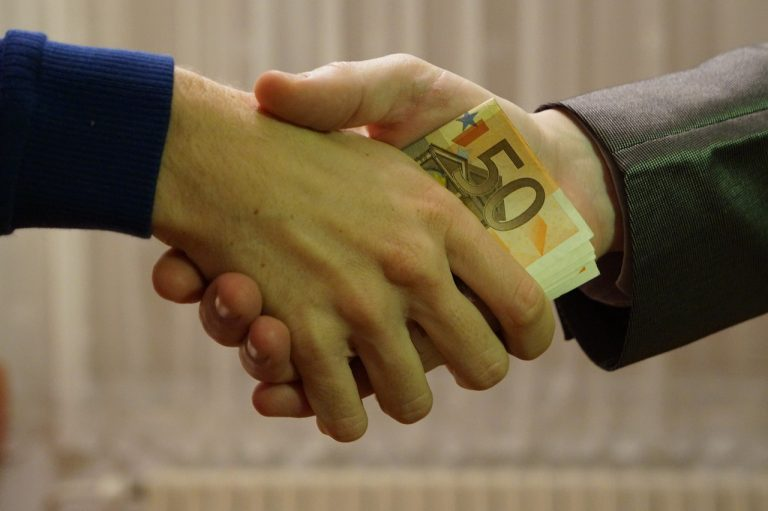 Young Money as a Niche for Financial Advisors